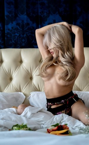 Ayleen erotic massage in Bellevue Washington